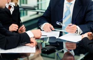 چگونه یک وکیل خوب پیدا کنیم